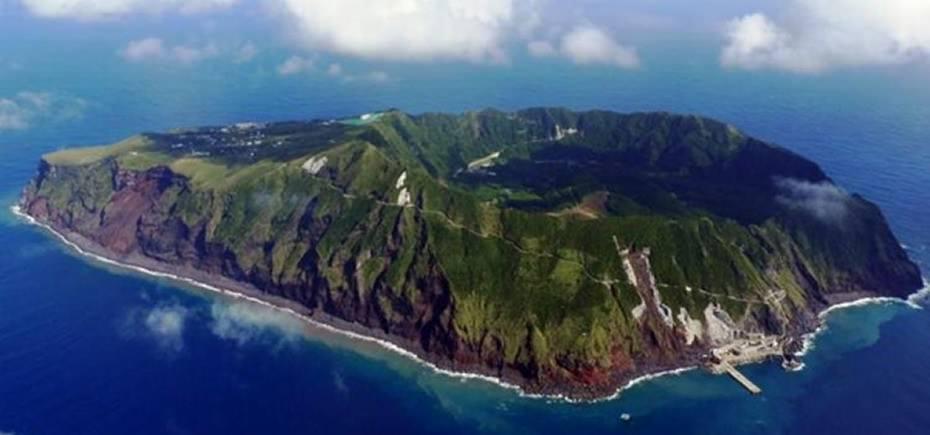 aogashima-island